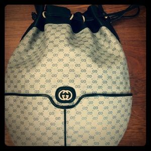 """Vintage Gucci bucket shoulder bag """"rare find"""""""